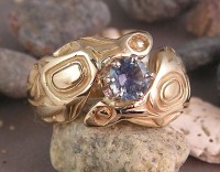 14kt Otter Ring with a Lavender Sapphire