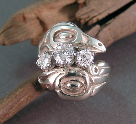 Photo of Flashy 14kt white gold Lovebirds ring with 1ct. total weight in diamonds